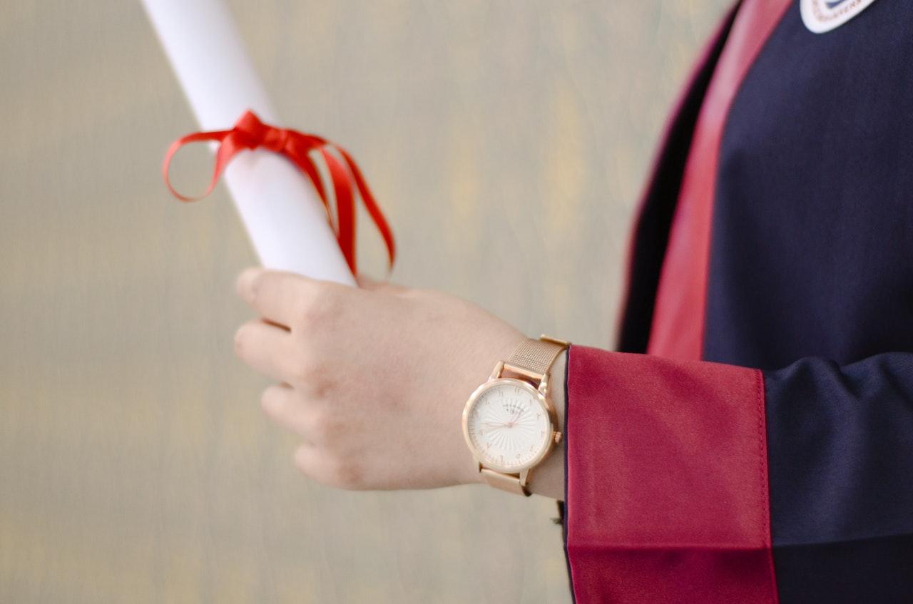 Você realmente precisa de um diploma para trabalhar com moda?